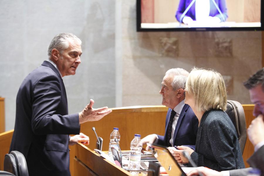 """PP, Podemos, PAR y Cs reprueban la """"inacción y falta de interés"""" del Ejecutivo aragonés por contar con un presupuesto"""