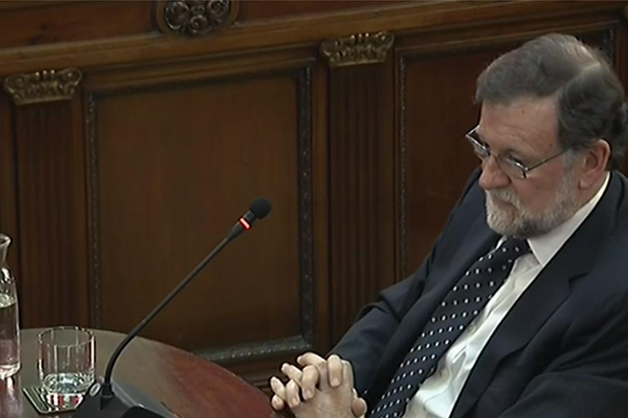 Un Rajoy incapaz de concretar las acusaciones de violencia responsabiliza a los líderes independentistas de las casi un millar de personas heridas el 1-O