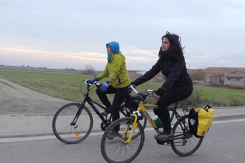 Biela y Tierra: una vuelta en bici al mundo rural