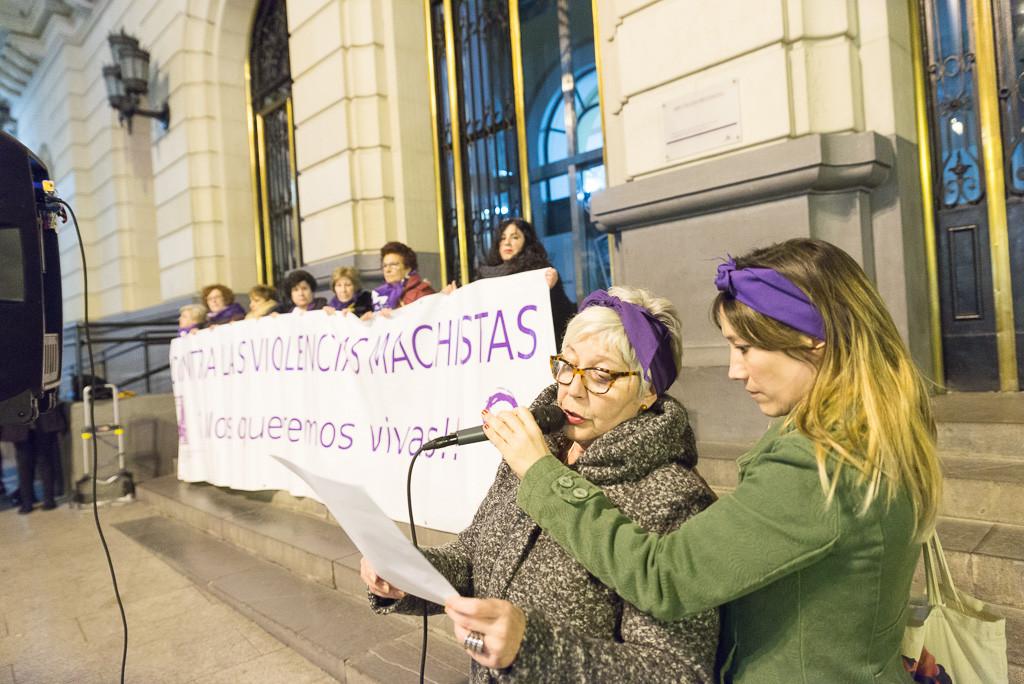 """""""¡Ni una menos!"""", el grito feminista vuelve a sonar en Zaragoza"""