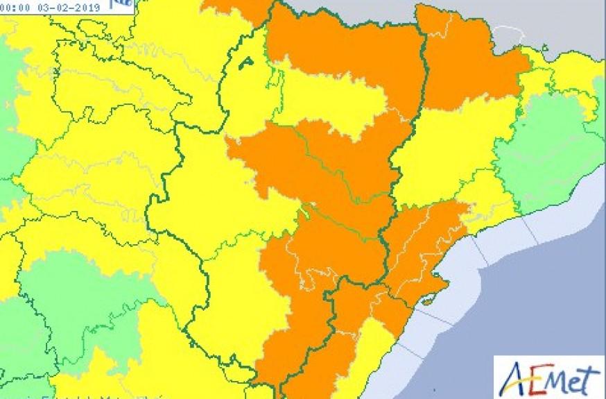 Avisos naranja y amarillo por vientos en todo Aragón