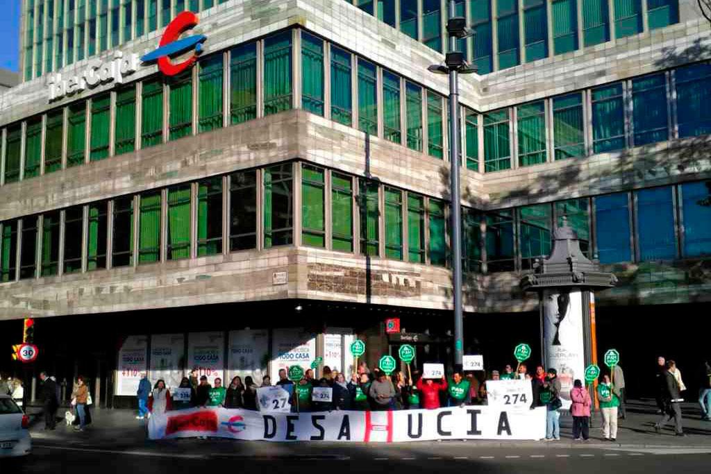 PAH Fraga denuncia la venta masiva de ladrillo por parte de Ibercaja a fondos buitre