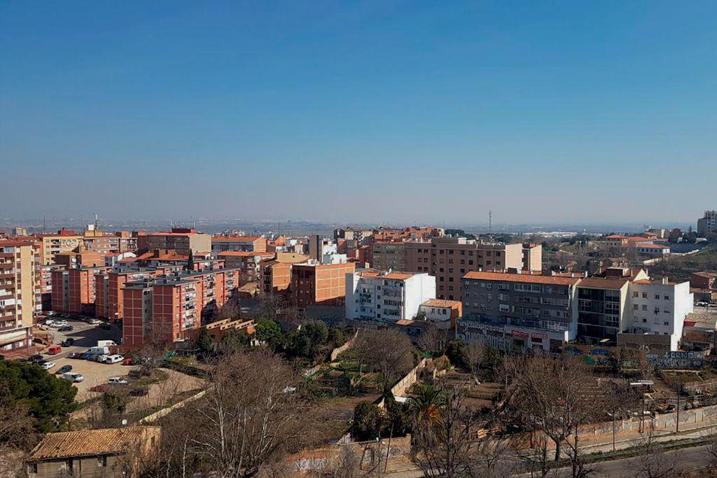El anticiclón y la falta de protocolos de restricción del tráfico hacen disparar los niveles de contaminación en Zaragoza