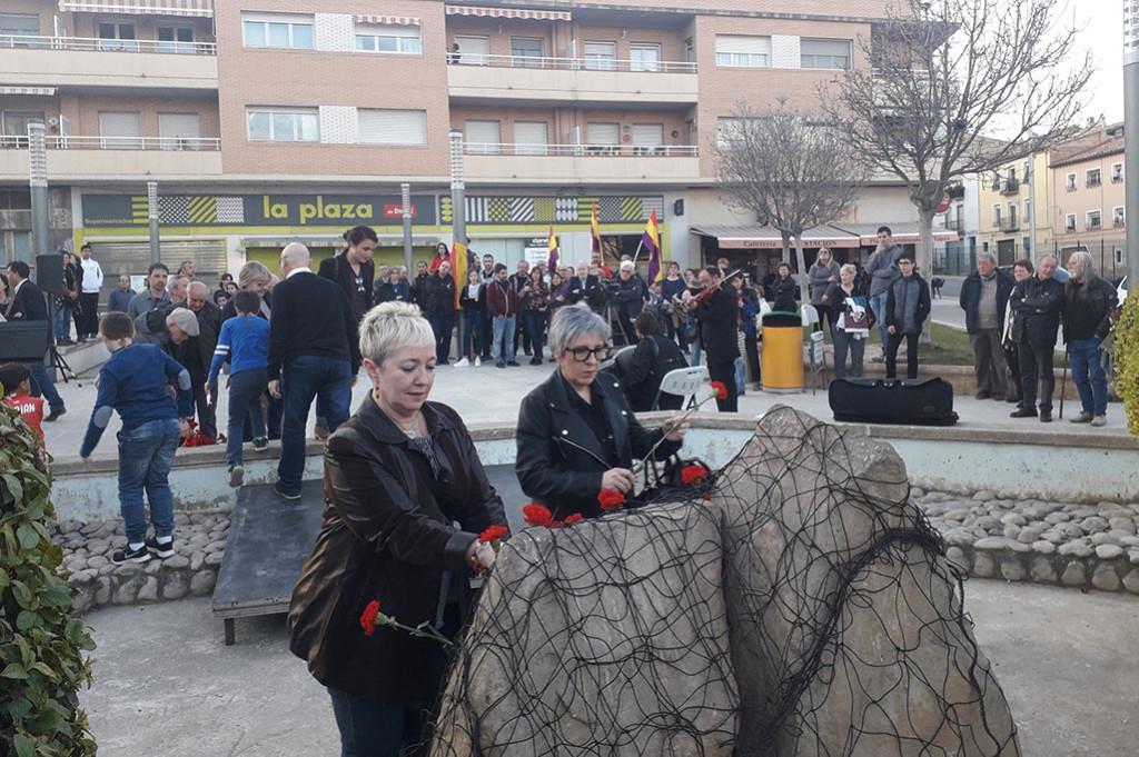 Alcanyiz conmemora el primer día de la Memoria Democrática de Aragón con el recuerdo del bombardeo de 1938