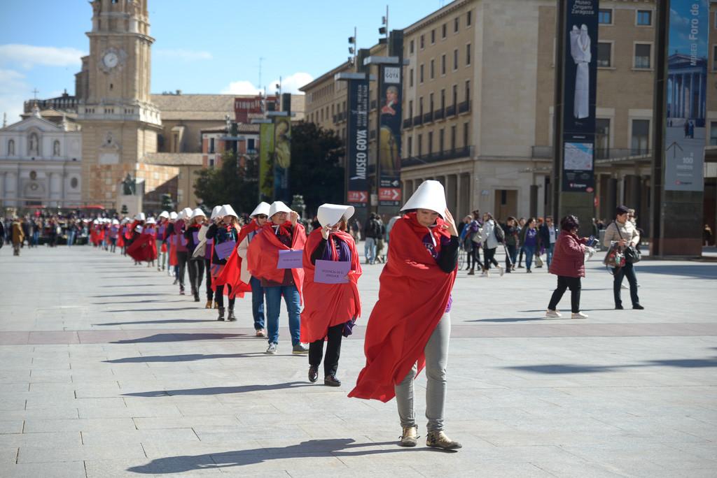 La Coordinadora de Organizaciones Feministas de Zaragoza rompe con el cuento y con el patriarcado