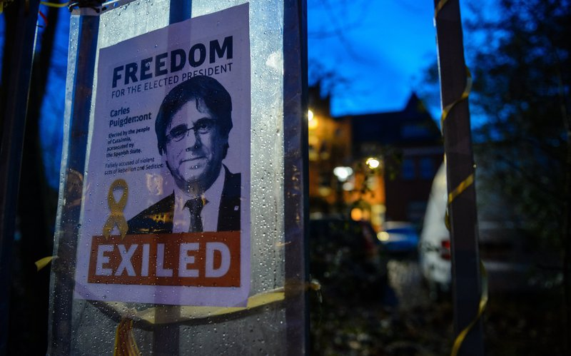 Pedro Sánchez promete «traer a Puigdemont» incluso saltándose la separación de poderes del Estado