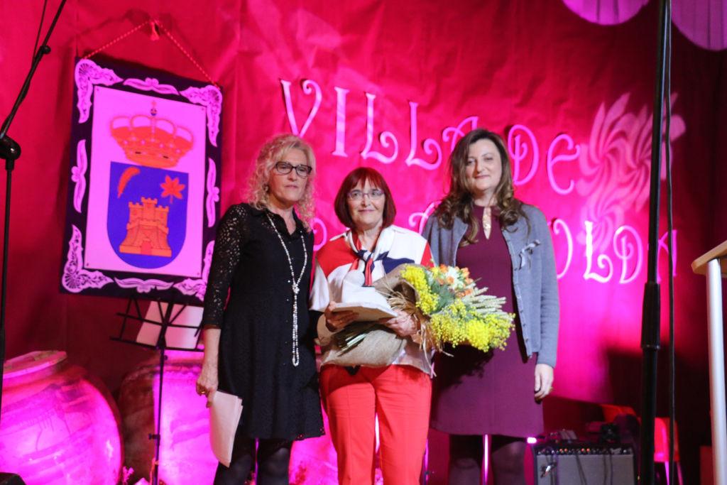 """CONCILIA y la Coordinadora de Asociaciones de Mujeres d'Os Monegros entregan el Premio """"Gabardera"""" en Sena"""