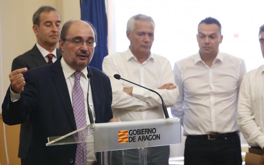 Don Piero, Lambán, el fraude y un macromatadero