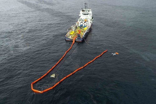 CGT critica que Sasemar tenga varios buques fuera de servicio ante la amenaza del Grande América cerca de las costas españolas