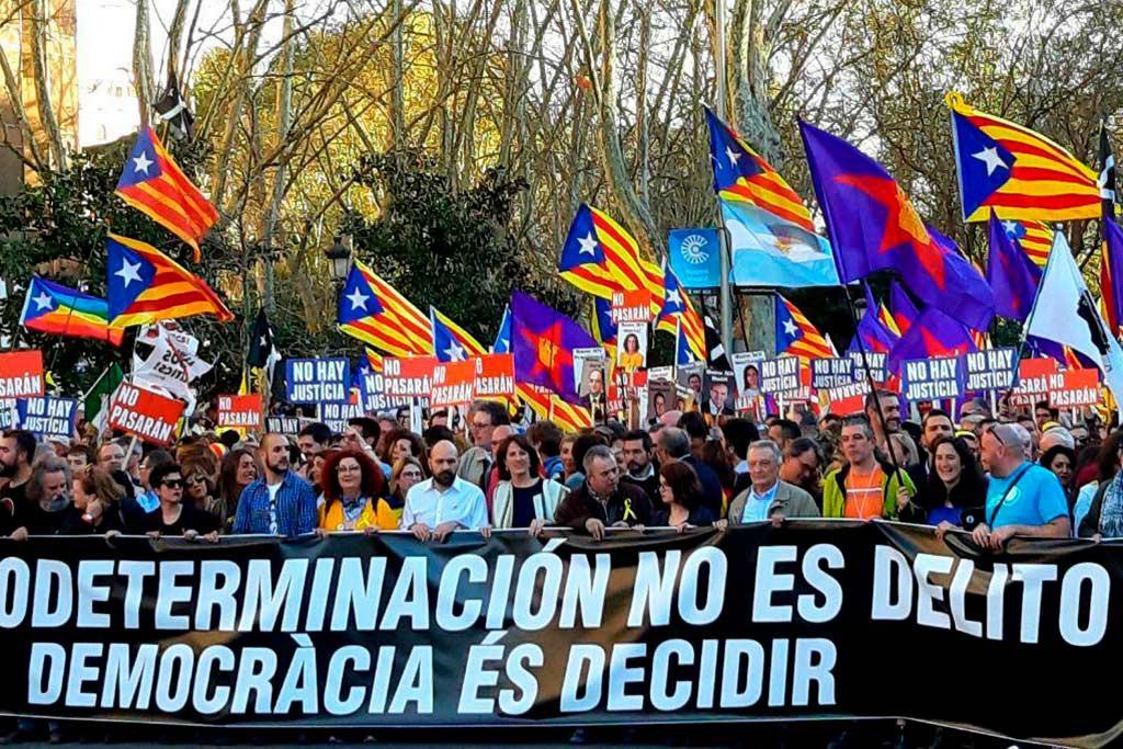 Contundente respuesta en Madrid del internacionalismo solidario al juicio contra el procés y por el derecho a decidir