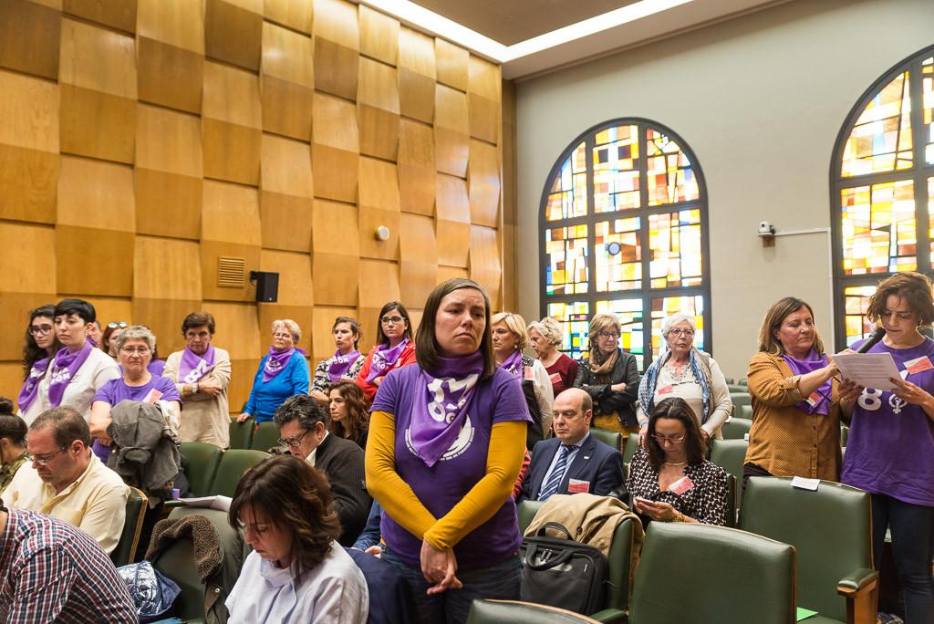 El Pleno de Zaragoza apoya la huelga feminista del 8 de marzo