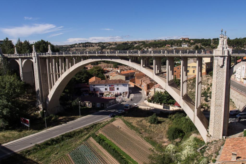 Ganar Teruel pide que el Ayuntamiento asuma responsabilidades por la falta de mantenimiento de la iluminación del Viaducto