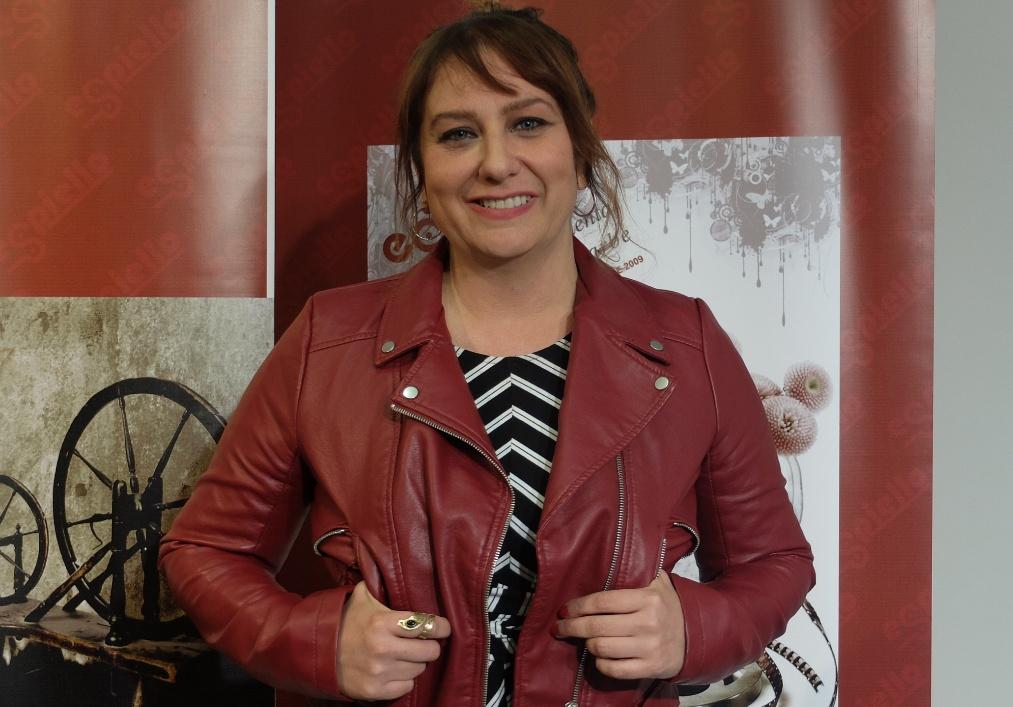 Vanesa BenítezZamora se alza con el Premio Espiello al mejor documental con su ópera prima'Rota n'roll'