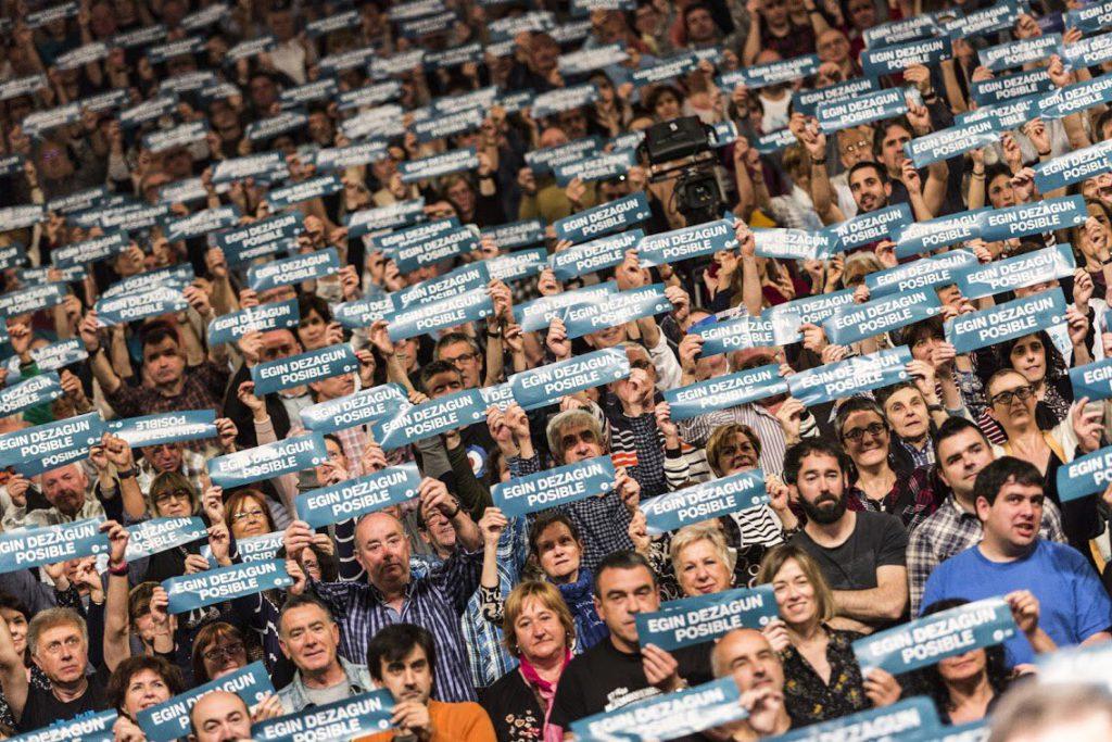 Hacer posible decidir el futuro de Euskal Herria en referéndum, nuevo objetivo de Gure Esku Dago