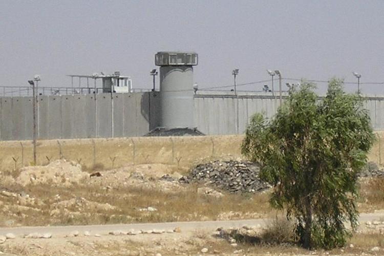 Un preso palestino muy grave debido a la huelga de hambre contra las detenciones administrativas