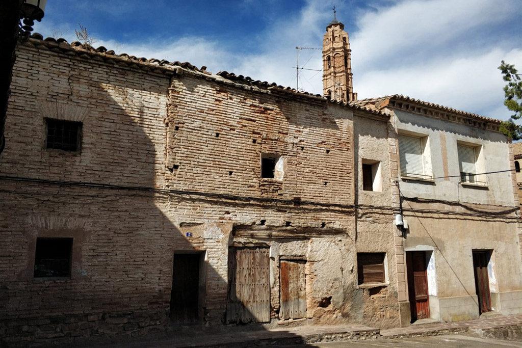 La antigua cárcel, la carnicería y el horno de Ricla amenazados por la piqueta