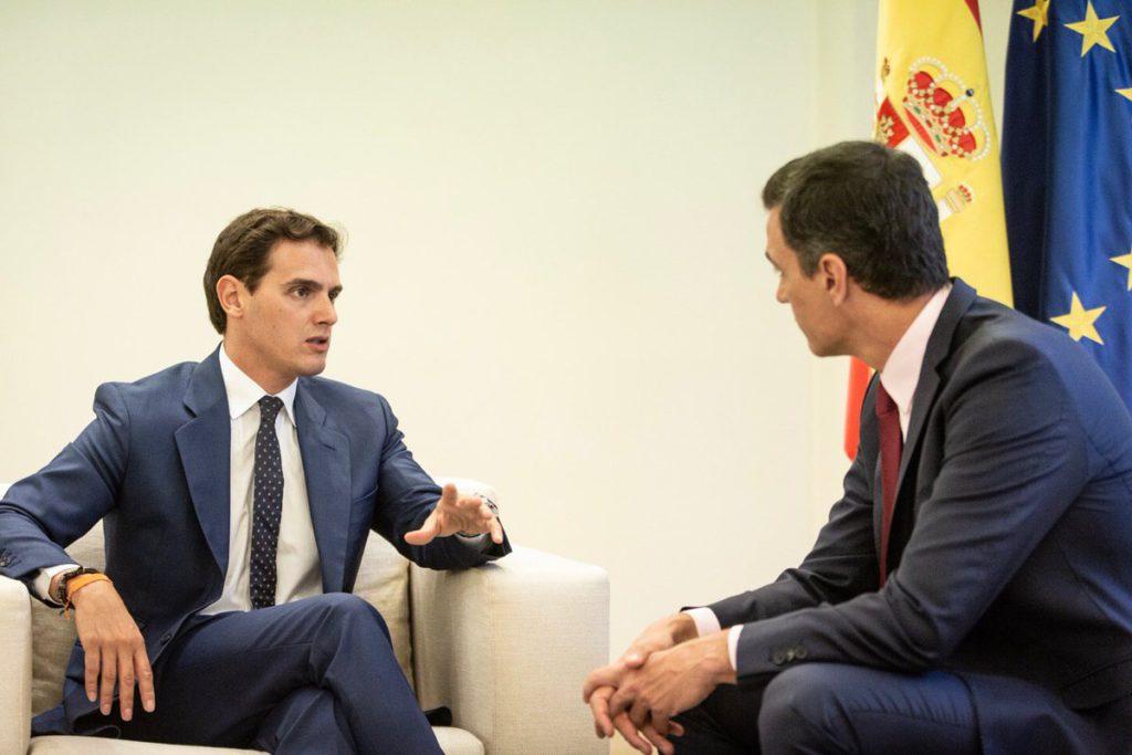 Rivera pide una reunión con Sánchez, tras abrirle la puerta Ábalos, en el último día de la ronda de consultas