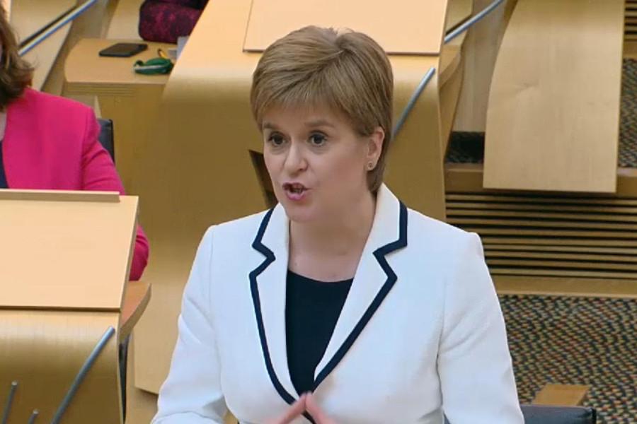 Escocia pide un segundo referéndum de independencia si el Brexit sigue adelante