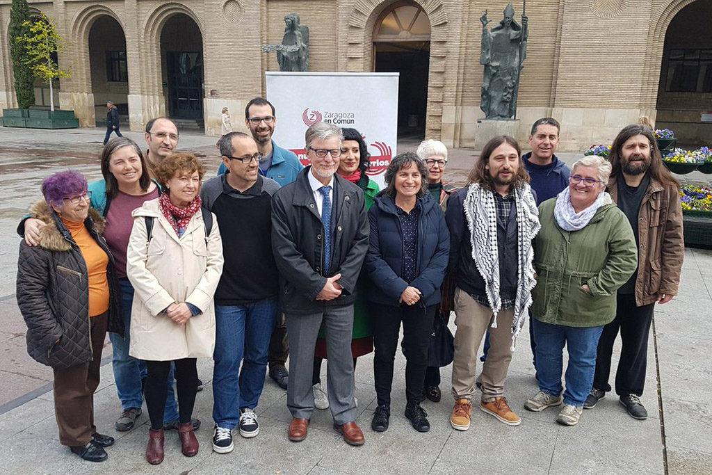 Zaragoza en Común se toma «#UnCaféContigo» para escuchar y responder de primera mano a vecinos y vecinas