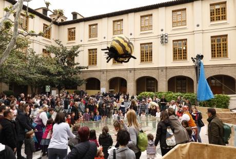 Más de 2.600 personas han disfrutado ya en el Edificio Pignatelli de las actividades previas al Diya d'Aragón