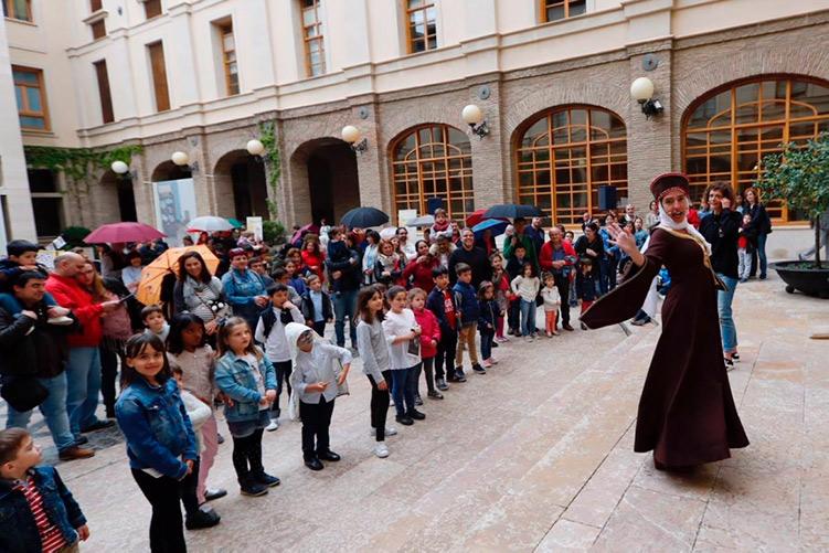 Uesca, Zaragoza y Teruel celebran el Diya d'Aragón