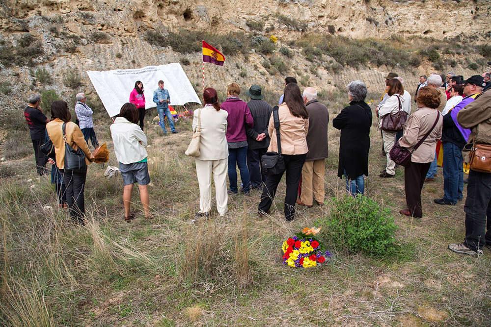 Un año después de su aprobación la Ley de Memoria Democrática sigue sin aplicarse en el Barranco de la Bartolina