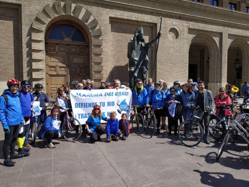 Diario de la Marcha del Ebro: visita al embalse de La Loteta y llegada a Zaragoza
