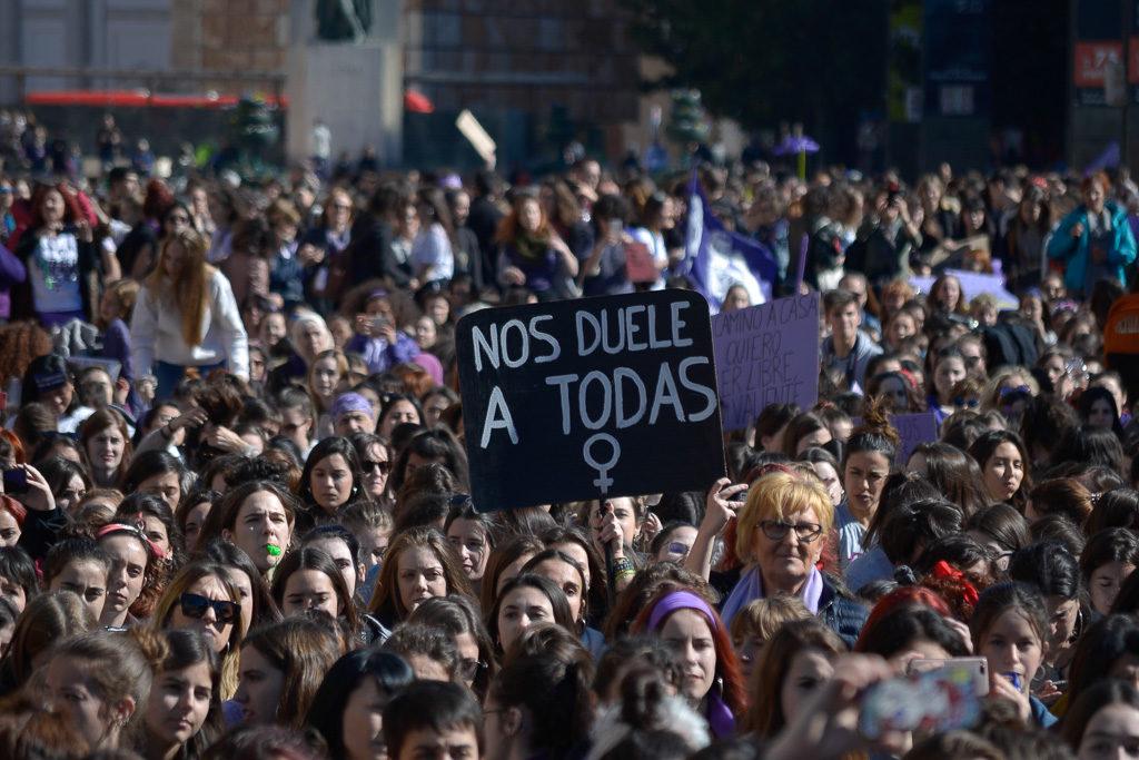 Colectivos y familias zaragozanas contra el abuso sexual infantil