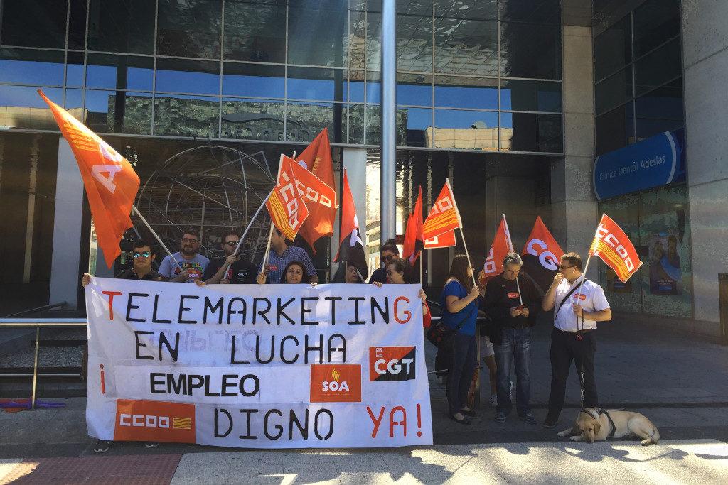 La plantilla de EXTEL realiza una huelga de 24 horas para denunciar los abusos de la empresa