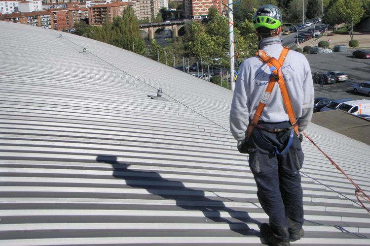 La siniestralidad laboral en Aragón continúa en aumento