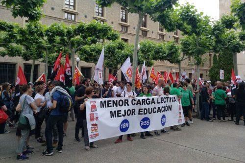 El profesorado aragonés sale a las calles para denunciar el incumplimiento de las promesas electorales de PSOE