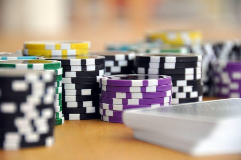 El juego se dispara: la población aragonesa ya apuesta más de 470 millones al año