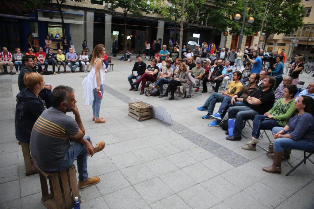 """Maru Díaz: """"Cuando vayáis a votar pensad a quién se deben el resto de partidos, Podemos-Equo solo nos debemos a la gente"""""""