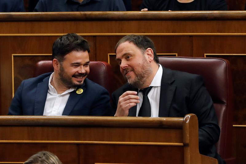 La Mesa del Congreso suspende como diputados a Junqueras, Sànchez, Rull y Turull