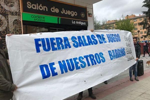 IU Aragón llama a secundar la convocatoria contra la proliferación de las casas de apuestas