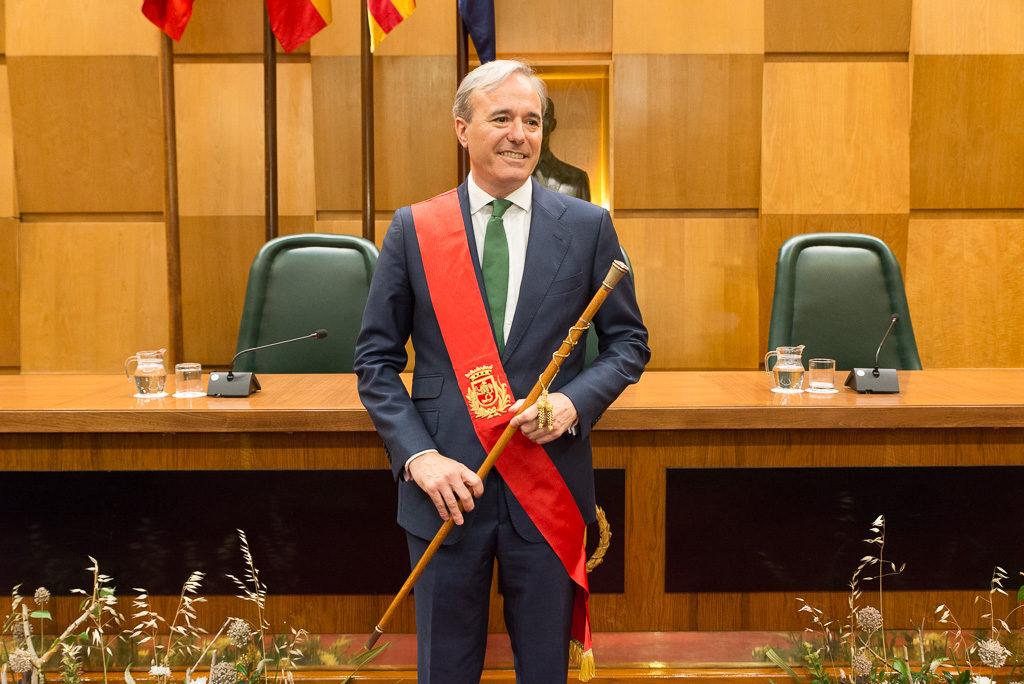 Zaragoza afronta cuatro años de gobierno ultraderechista capitaneado por Azcón