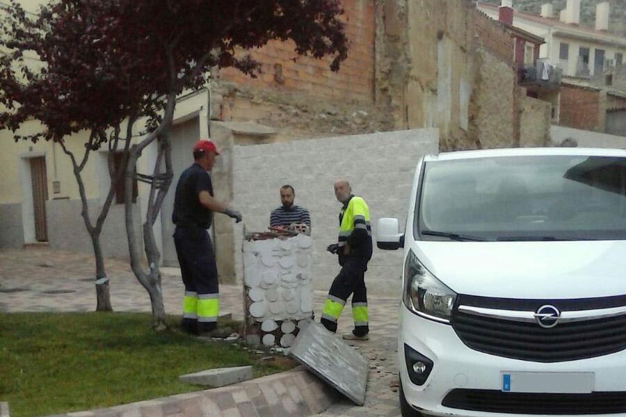 """Puyalón denuncia la """"estupidez maniqueísta"""" de Vox en Cadrete"""