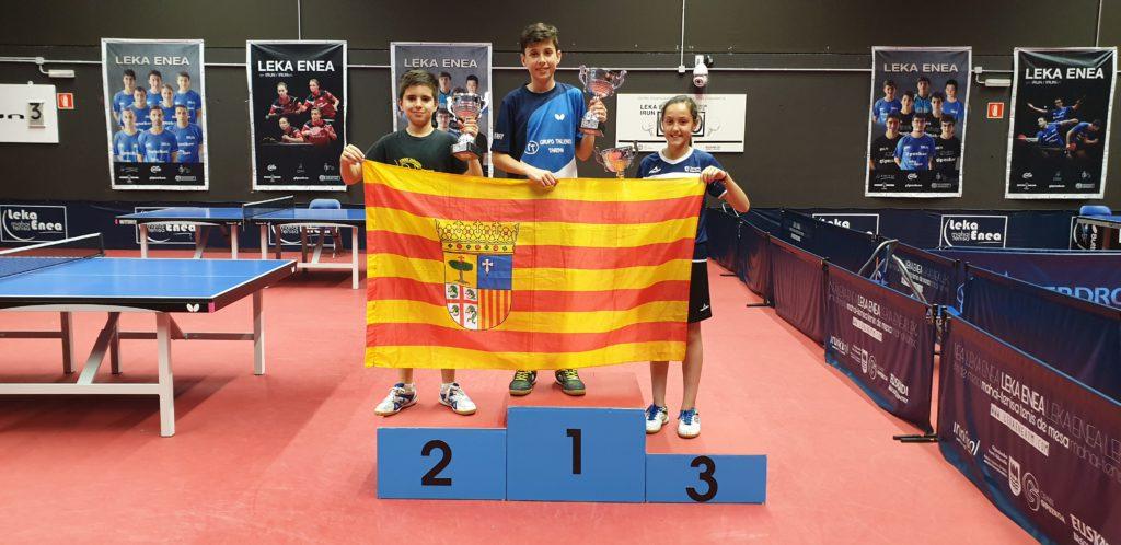 Grandes resultados de los jugadores y jugadoras aragonesas en el Top 8 Circuito de Jóvenes Zona Norte de Tenis de Mesa