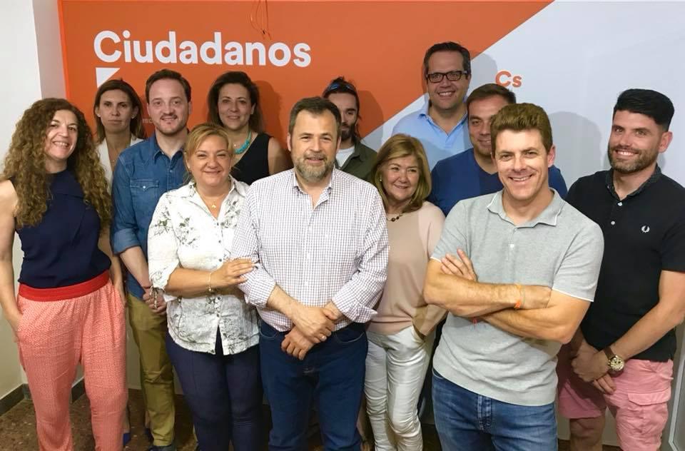 Cs no respalda la moción de censura planteada por el PP en el Ayuntamiento de Uesca y Alós ofrece ahora a Felipe un acuerdo de estabilidad