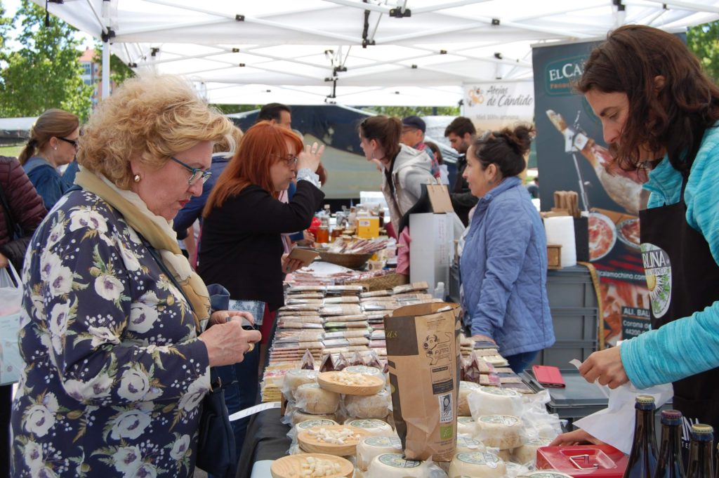 El Mercado Ambulante Almozara o Rastro presenta a los medios gastronómicos el proyecto piloto de alimentación artesana