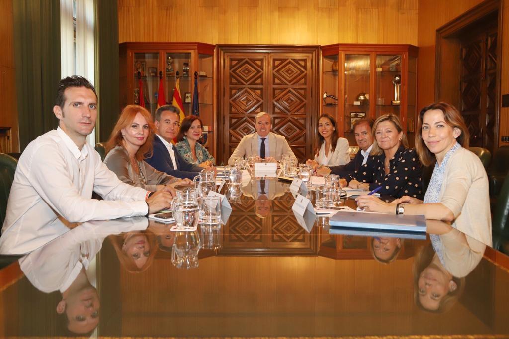 El Gobierno de Zaragoza solicita a la Intervención General la emisión de un informe que audite la situación económico financiera del Ayuntamiento