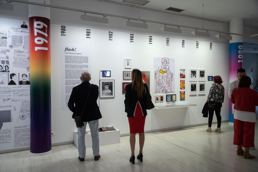 El Servicio municipal de Igualdad organiza visitas guiadas a la exposición '40/30 años de peligro público y escándalo social'