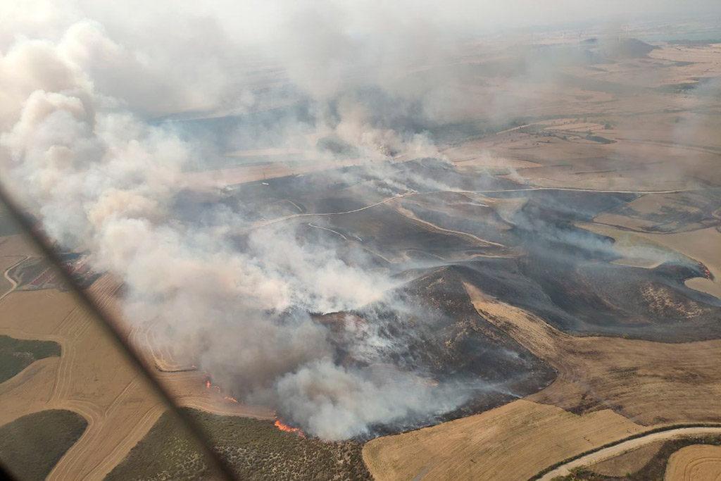 Unas 120 hectáreas se han visto afectadas por el incendio de Alcalá de Gurrea