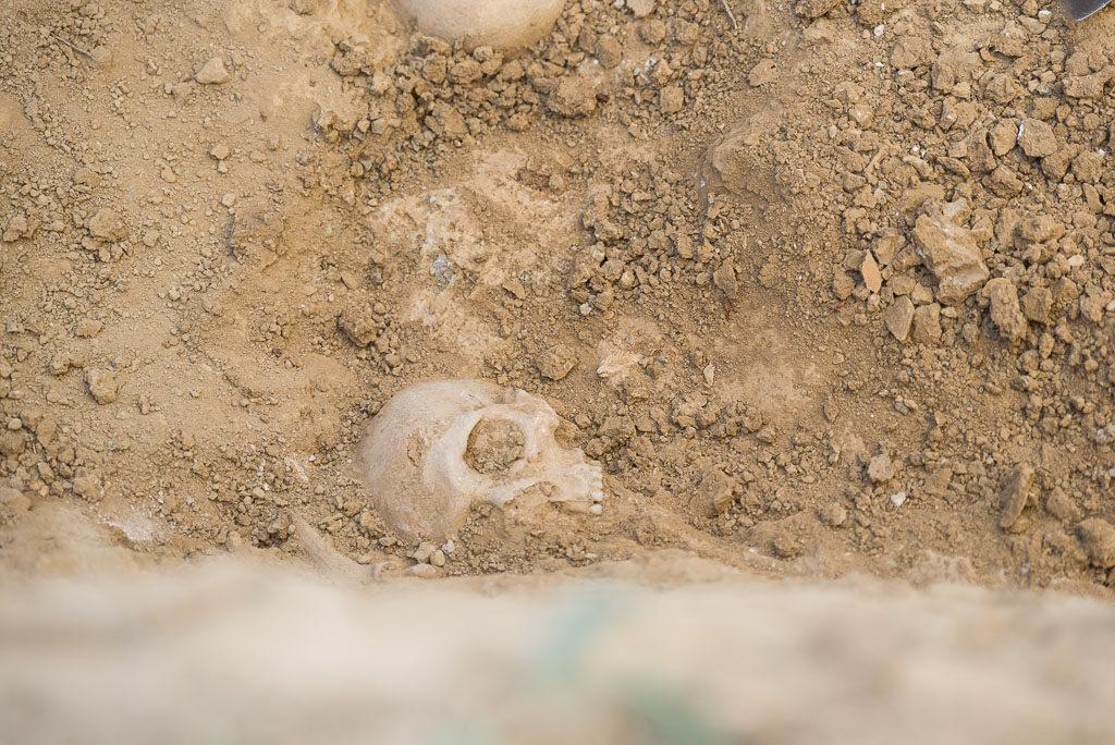 Termina la exhumación de 12 vecinos de Angües en el cementerio de Las Mártires en Uesca
