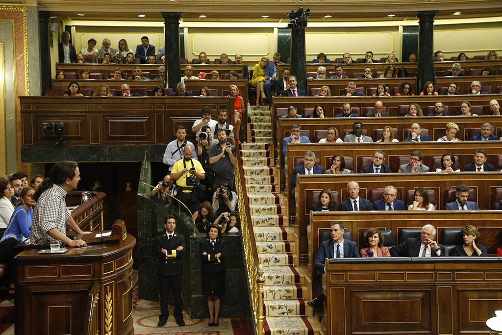 Sánchez e Iglesias consuman su fracaso y «la gente lo único que ve es a la izquierda perdiendo otra vez»