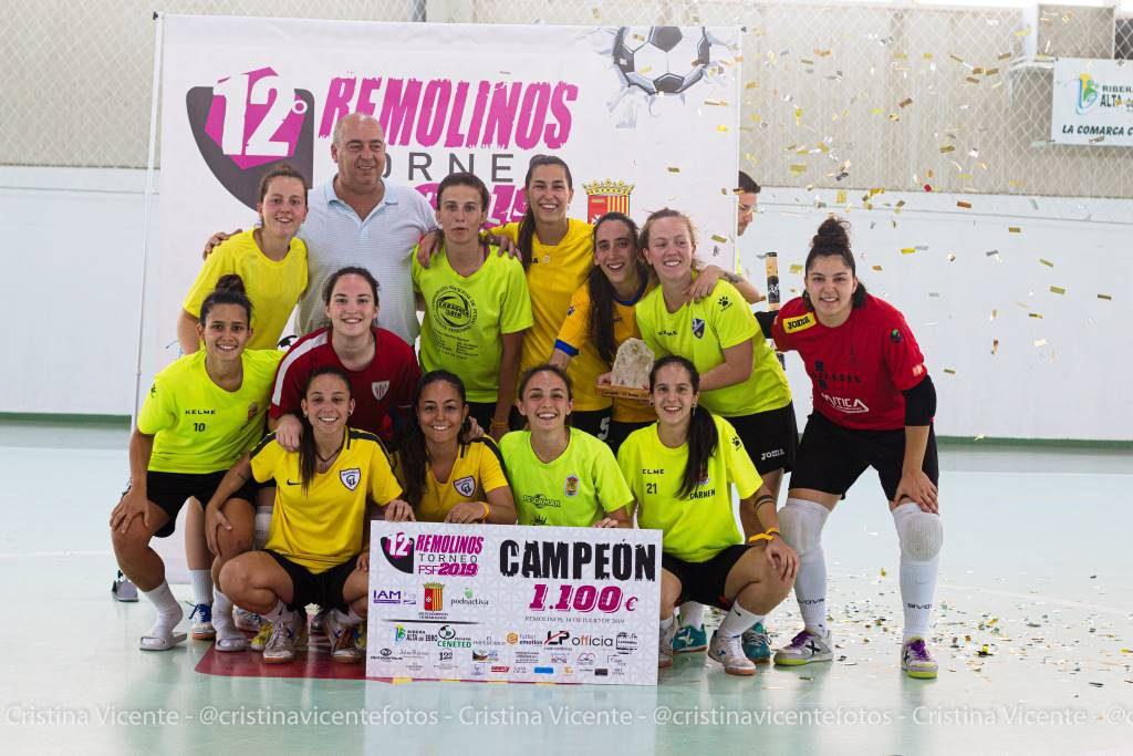 El Torneo de fútbol sala femenino de Remolinos celebra con satisfacción el cierre de su duodécima edición