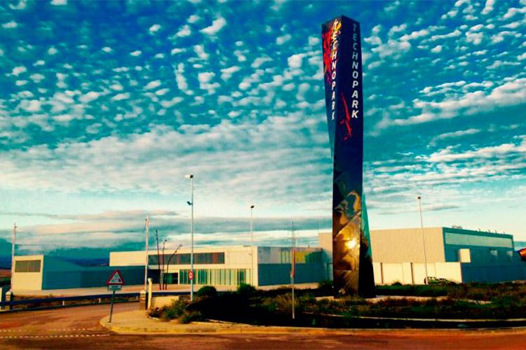Condenado un empresario a prisión y a pagar más de 4 millones por fraude en un planta de diseño de Motorland