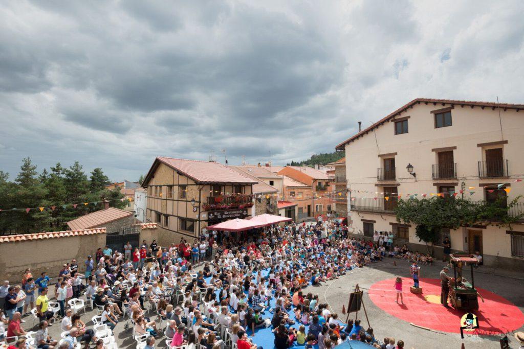 El V Festival Carabolas promete diversión y espectáculo en Bronchales para toda la familia