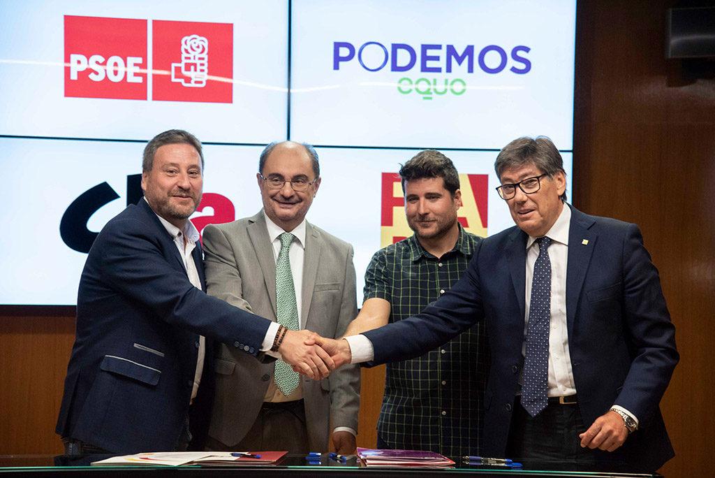 Los firmantes del cuatripartito aragonés confían en mantener los consensos durante toda la legislatura