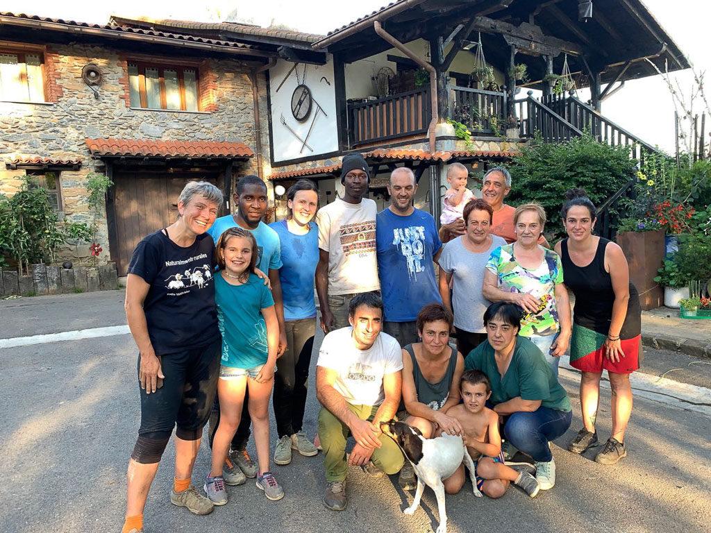 Biela y Tierra conocen la agroecología y solidaridad en Euskal Herria